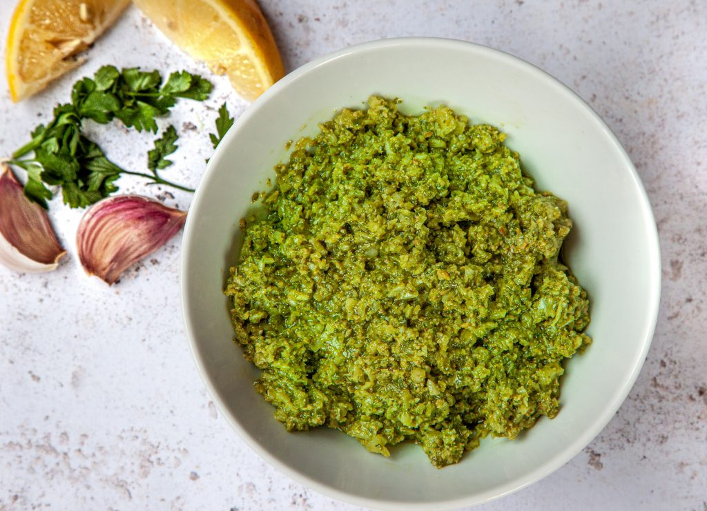 Leek leaf pesto