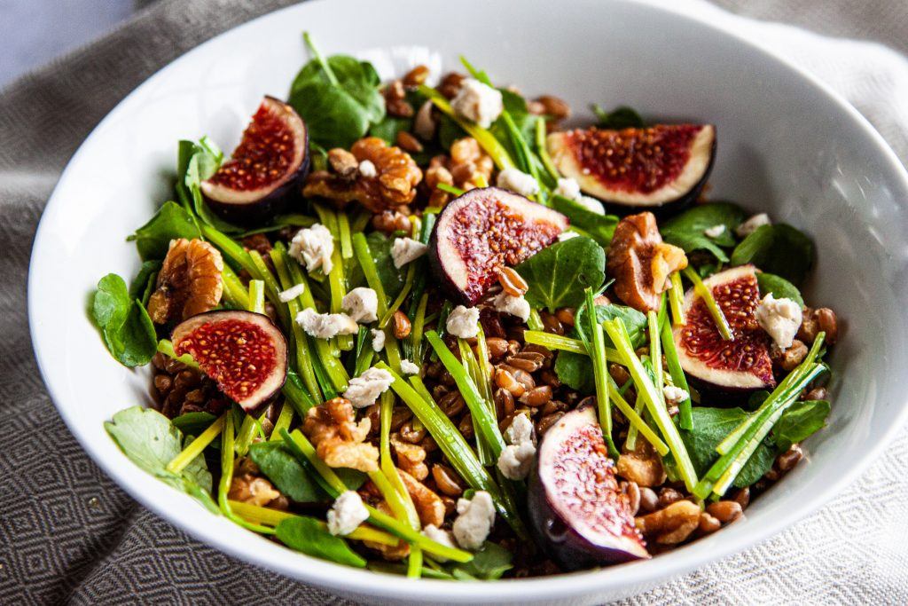 Leek 'heart' and spelt grain salad, with figs, walnuts and watercress
